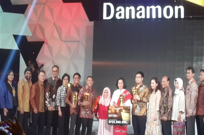Nike Aritovani : Sukses Berkat Inovasi Abon Ikan Cakalang ...